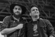 """Veja o novo clipe de Henrique e Juliano, """"Vidinha de Balada"""" #Clipe, #Fotos, #Hoje, #Lançamento, #M, #Música, #Musical, #Noticias, #Novo, #SãoPaulo, #Show, #Vídeo, #Youtube http://popzone.tv/2017/01/veja-o-novo-clipe-de-henrique-e-juliano-vidinha-de-balada.html"""