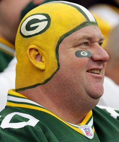The average Green Bay Packers fan - yep I can verify. yes hhaha Packers Football, Football Fans, Greenbay Packers, Green Bay Packers Fans, Clay Matthews, Helmet Paint, Nfl Memes, Go Pack Go, Nfl Fans