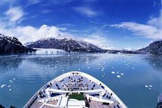 Tips for planning a cruise to Alaska, including details of large and mid-sized cruise ships cruising to Alaska and their itineraries