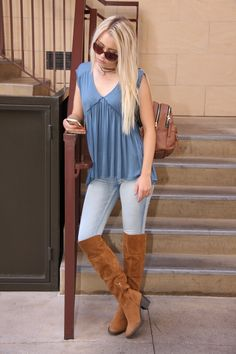 The skate blue babydoll style tee. Comfy, classy, perfect.  $38 #ShopALB #ApricotLaneTS
