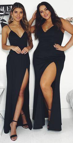Turn heads in this glamorous black dress - Turn heads in this glamorous black dress Source by gunter_rost - Cute Prom Dresses, Black Prom Dresses, Gala Dresses, Dance Dresses, Black Dress Outfits, Curvy Girl Outfits, Prom Outfits, Formal Dresses Australia, Dresses Online Australia
