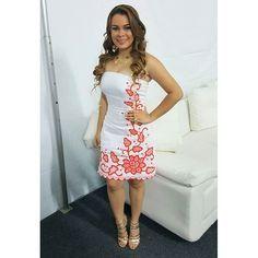 ac1c985d10 Trajes típicos Panamá · Gracias mi querida Gisela Yee por este vestido  estilizado tan lindo para el show