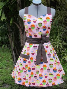 Sweetheart Neckline Apron Sweet Pink Cupcakes by ApronsByVittoria, $34.00