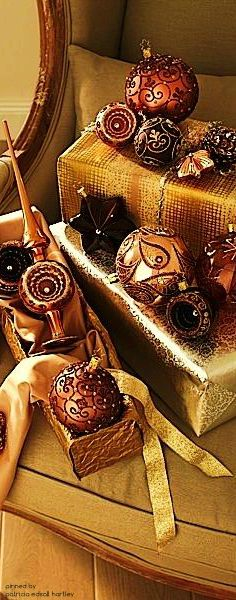 Brown & Gold Christmas