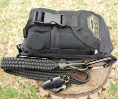 Paracord Project - Shoulder Strap. I am thinking this could make a good rifle sling too.