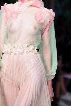 Défilé Gucci Printemps-été 2016 Prêt-à-porter   Le Figaro Madame