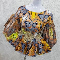 2020 Best Ankara Styles You Should Consider - Vincisjournal Latest African Fashion Dresses, African Dresses For Women, African Print Fashion, Africa Fashion, African Attire, African Print Dress Designs, African Blouses, Vogue, Ankara Styles