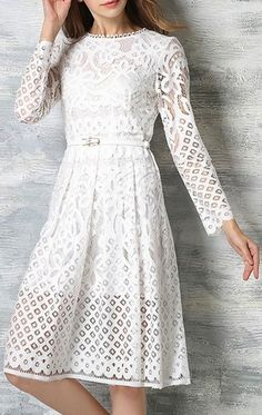 Sweet Round Neck Long Sleeve Solid Color Women's Lace Dress