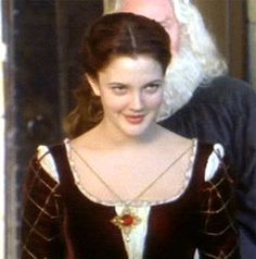Ever After, Danielle Honestly loved this movie Italian Renaissance Dress, Renaissance Dresses, Movies Showing, Movies And Tv Shows, A Cinderella Story, Mileena, Fairytale Fashion, After Movie, Movie Costumes