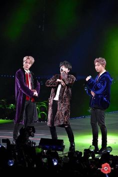 Why don't they give Joonie a long coat too. Come on now be fair ; Cypher 4 Bts, Cypher Pt 4, Namjoon, Seokjin, Taehyung, Rap Monster, Bts Suga, Bts Bangtan Boy, Jhope