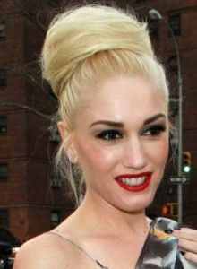 gwen-stefani-high-hair-bun  The High Hair Bun is showing up all over the red carpet A-List celebs. Come, learn the step by step insider how to from Paul Mitchell Stylist Lucie Doughty.
