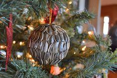 diy christmas ornament, natural seeds