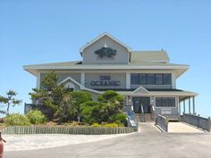 Wrightsville Beach, NC - The Oceanic is situated on the beach overlooking the pristine Atlantic Ocean. Coastal residents and visitors of Eastern North Carolina flock to Oceanic to enjoy wonderfully fresh seafood, exciting land lover dishes and breathtaking views. The Crystal Pier attached to Oceanic provides great outdoor seating and sets the stage for outdoor music when the weather permits.