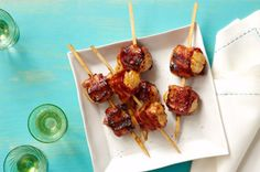 Bacon-Wrapped BBQ Scallops – We like anything with bacon. But scallops wrapped in bacon, brushed with BBQ sauce and cooked on the grill? That's about the tastiest dish recipe we can think of. Appetizer Dishes, Bacon Appetizers, Recipes Appetizers And Snacks, Seafood Recipes, Cooking Recipes, What's Cooking, Shellfish Recipes, Appetizer Ideas, Bacon Recipes
