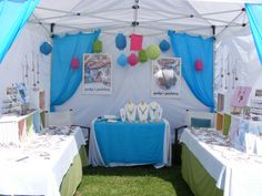 Very pretty + inviting! {craft booth setup}