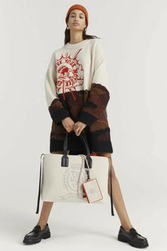 Fashion News, Fashion Beauty, Fashion Looks, Womens Fashion, Tommy Hilfiger Mujer, Outdoorsy Style, How To Make Clothes, Vogue Russia, Fashion Show Collection