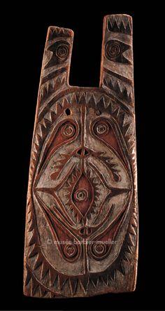 Bouclier d'archer, Mélanésie, Elema, PNG, Golfe de Papouasie | Arts de Nouvelle-Guinée - Les Musées Barbier-Mueller                                                                                                                                                                                 Plus