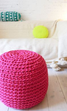 Pouf Crochet thick yarn Intense Pink by lacasadecoto on Etsy