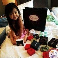 كتبت - نيللى الشافعى  حظيت صور الطفلة الكورية برينا التي لا يتجاوز عمرها 6 سنوات بمتابعة كبيرة على الانترنت وقد ظهرت الطفلة في تلك الصور بملامح محببة، وقد تجاوز عدد المتابعين لصفحتها الخاصة على موقع التواصل الاجتماعي