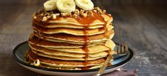 Check out Maximuscle's Banana Protein Pancakes, flourless and packed with protein powder, banana, egg whites and peanut butter! Banana Protein Pancakes, Peanut Butter Banana, C'est Bon, Perfect Food, Easy Cooking, Spice Things Up, Brunch, Eat, Breakfast
