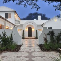 White Stucco, white roof to reflect heat away. I wonder if it looks dirty easily.
