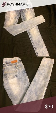 Distressed skinnies SOLD Light distressed denim with white paint spots low rise stretch-very cute with boots SOLD Premier Designs Jeans Skinny