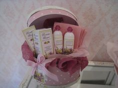 Dolls House ROMANTIC BOUQUET Basket