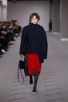 Balenciaga Fall Winter 17 | Look 8