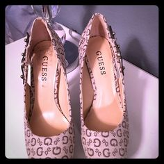 Heels Gorgeous Guess heels ! G by Guess Shoes Platforms