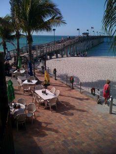 Sharky's Restaurant, Venice, Florida.  Photo by Brenda Willett