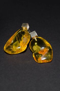 Amber Earrings, Studs, Sterling Silver 925, nugget, Yellow, honey, transparent Bernsteinohrringe, Silber, Bärnsten, ambre, Handmade von DiesAndDas auf Etsy