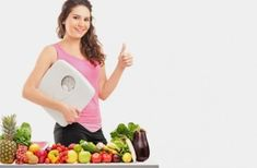 Natural Remedies To Lose Weight Top 10 fruits to eat to lose weight quickly - A diet for losing weight is all about eating the right things. How about adding fruits to your diet then. Here is a list of the best fruits for weight loss. Lose Weight At Home, Lose Weight Naturally, Losing Weight Tips, Reduce Weight, Best Weight Loss, Healthy Weight Loss, How To Lose Weight Fast, Loose Weight, Weight Gain