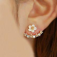 2016 coreano moda imitação de pérolas brincos pequenos margarida flores penduradas depois de seniores jóias femininas atacado(China (Mainland))
