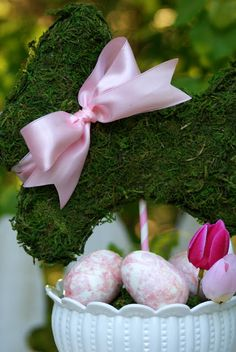 A Little Loveliness: Cute Easter Topiary