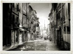 The doors of the city, at the end of the road | Flickr – Compartilhamento de fotos! Braga - Portugal