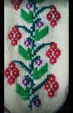 C2c, Elsa, Diy And Crafts, Slippers, Socks, Knitting, Handmade, Shoes And Socks, Fern
