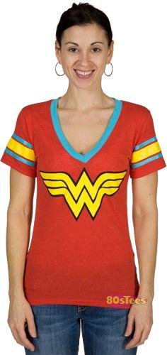 plus size fashion. diggin that wonder woman shirt. wondy's my