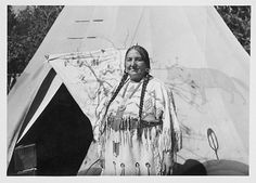 Mrs. Dick Sanderville, Blackfeet Amskapi Pikuni, Montana