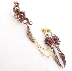 Nasty Steampunk Earcuff SET with chains beads and victorian wing charm , Victorian ear cuff, earrings set, wire earcuff, golden earcuff
