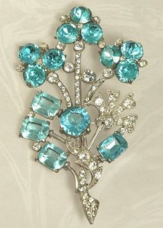 My Granny loved pins. she had one similar to this but was not this color. She would have been thrilled to have had this one as it is her favorite color.