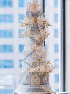 Extravagant Wedding Cakes, Elegant Wedding Cakes, Beautiful Wedding Cakes, Gorgeous Cakes, Pretty Cakes, Amazing Cakes, White Wedding Cakes, Wedding Cake Frosting, Extreme Cakes