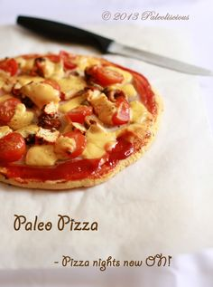Paleo PIZZA by Paleoliscious Now nothing stops a good movie & pizza night! Paleo Pizza Crust, Paleo Bread, Paleo Baking, Raggedy Ann, Healthy Dishes, Healthy Recipes, Healthy Meals, Free Recipes, Paleo Meals