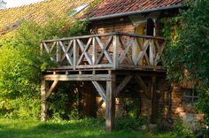balkon ze starego drewna