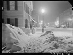 """Marion Post Wolcott Photo, """"Woodstock, Vermont"""" night, snow, Library of Congress by FineArtLosAngeles on Etsy Henri Cartier Bresson, Edward Weston, Vintage Photographs, Vintage Photos, Vintage Art, Woodstock Vermont, New York, Thing 1, Silent Night"""