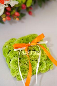 Fresh Flower Green Pom Pom Ring Pillow