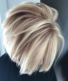 46 gorgeous ice blonde balayage hair color ideas for 2018 – Artofit Blonde With Red Highlights, Hair Color Highlights, Hair Color Balayage, Blonde Balayage, Blonde Color, Blonde Brunette, Dishwater Blonde, Layered Bob Hairstyles, Cool Hairstyles