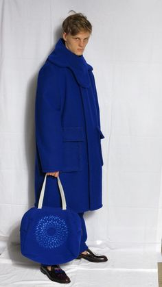 blue coat with collar - blue bowling bag with a mandala embroidery