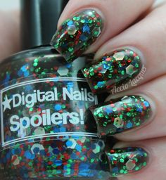What can I say about River Song?????            NOTHING! I can say...nothing. The woman is an enigma. She cannot be explained. But she CAN inspire one heck of a nail polish! Say hello (sweetie) to Spoilers! by Digital Nails.         Before you scroll down, I ...