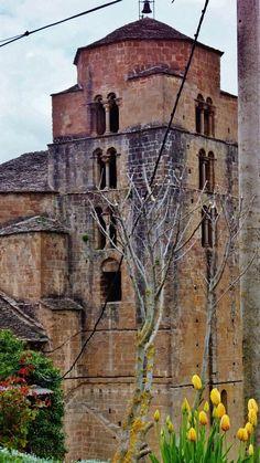 Santa Cruz de la Serós es una localidad de la comarca Jacetania en la provincia de…http://www.rutasconhistoria.es/loc/santa-cruz-de-seros