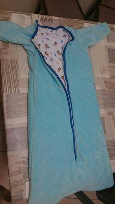 Gigoteuse à manche longue tissu doudou pour le dessus et jersey imprimé pour l'intérieur avec de la ouatine  entre les deux tissus